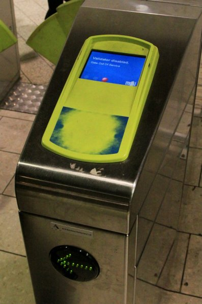 Myki card reader machine hardware already wearing out after just a year of use. This one also showing software fault as well. Out of order and crumbling.