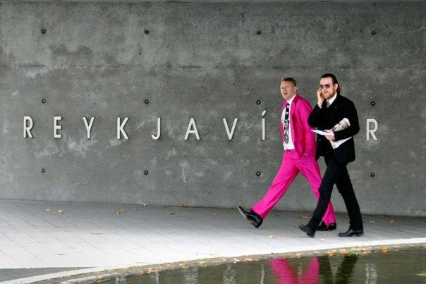 jon-gnarr-pink-suit-mayor-of-reykjavik-iceland